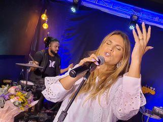 Aniversário da Aline Barros na Melodia